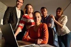 Geschäftsleute Team auf Sitzung lizenzfreie stockfotografie