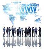 Geschäftsleute und globale Geschäftskommunikationen Lizenzfreie Stockfotos