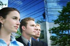 Geschäftsleute zusammen lizenzfreie stockfotografie