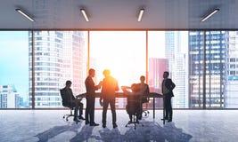 Geschäftsmänner bei der Sitzung Stockbild