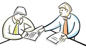 Geschäftsmänner, die Vertrag singen Stockfoto