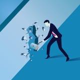 Geschäftsmann Breaking Wall des Hindernisses Stockfotos