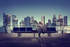 Geschäftsmann-Cityscape Men Office-Gebäude-Bewegungs-Zusammenfassung Concep Stockfotos