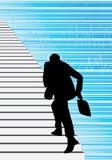 Geschäftsmann, der die Treppe steigt Stockfotos