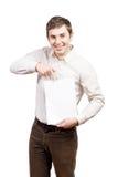 Geschäftsmann, der eine leere Visitenkarte übergibt stockfotos