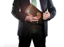 Geschäftsmann, der Einkommen hält lizenzfreie stockfotografie
