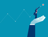 Geschäftsmann, der große Hand steht und Erfolg erreicht Konzept Stockbild