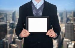 Geschäftsmann, der leere digitale Tablette zeigt lizenzfreie stockbilder
