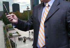 Geschäftsmann, der sein Büro benennt stockfoto