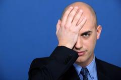 Geschäftsmann, der seine Hand hält Lizenzfreie Stockfotos