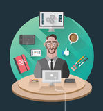 Geschäftsmann, der an seinem Schreibtischvektor arbeitet Lizenzfreie Stockfotografie