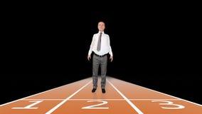 Geschäftsmann, der zum Sprintrennen gegen Schwarzes, Gesamtlänge auf Lager fertig wird stock video