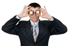 Geschäftsmann drehte Prozessoren eines blinde Auges zwei Lizenzfreie Stockfotografie