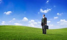 Geschäftsmann-Frustration Depress Cloudscape-Skyline Lizenzfreie Stockfotografie