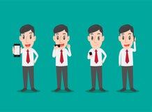 Geschäftsmann-Gebrauch Smartphone, Mann in den verschiedenen Haltungen der Anwendung von Smartphone Lizenzfreies Stockbild