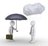 Geschäftsmann gibt der unglücklichen Person Regenschirm Stockbild
