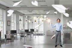 Geschäftsmann mit Aerosoldose Lizenzfreie Stockbilder