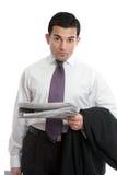 Geschäftsmann mit Börsennachrichten lizenzfreie stockfotos