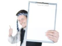 Geschäftsmann mit einem Vertrag Stockfotografie