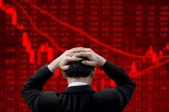 Geschäftsmann nervös über schlechtes Geschäft stockfotografie
