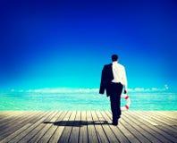 Geschäftsmann-Peaceful Abandon Relaxations-Reise-Konzept Lizenzfreie Stockfotografie
