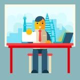 Geschäftsmann Sitting Table mit Papiervertrag Lizenzfreie Stockfotografie