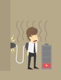 Geschäftsmann Tired des Arbeitens oder der schwachen Batterie und Bedarf lädt auf Stockfotografie