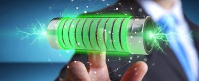Geschäftsmann unter Verwendung der grünen Batterie mit Wiedergabe der Blitze 3D Stockfotos