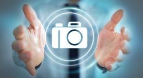 Geschäftsmann unter Verwendung der modernen Wiedergabe der Kameraanwendung 3D Stockfotos