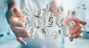 Geschäftsmann unter Verwendung der Würfel der Wiedergabe 3D Gesetzes Lizenzfreies Stockfoto