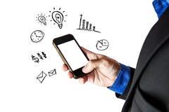 Geschäftsmann unter Verwendung des intelligenten Telefons mit dem Kopienraum, lokalisiert auf weißem Hintergrund Stockfotografie