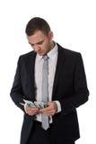 Geschäftsmann zählt Geld lizenzfreie stockfotos