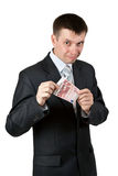 Geschäftsmann zeigt die zwei Rechnungen durch 10 Euro Lizenzfreie Stockbilder