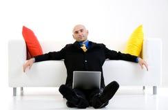 Geschäftsmannaufwartung stockfotos