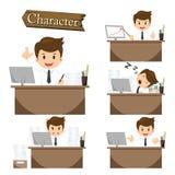 Geschäftsmanncharakter auf gesetztem Vektor des Büros Lizenzfreies Stockbild
