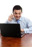 Geschäftsmanndiskussion am Telefon stockbild