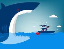 Geschäftsmannentweichen auf dem Haifisch Stockbild