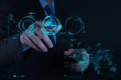 Geschäftsmannhand, die mit neuem modernem Computer arbeitet Stockfoto