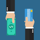 Geschäftsmannhand mit Kreditkarte- und Bargeldrückseite für Sie stockfotos