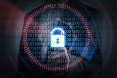 GeschäftsmannHandpressen-Verschlussikone mit binär Code, Sicherheit c Stockbilder