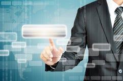Geschäftsmannhandrührender leerer virtueller Schirm vektor abbildung