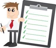 Geschäftsmannholding Klemmbrett mit Check-Markierungen Lizenzfreies Stockbild