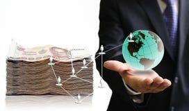 Geschäftsmannnehmengewinn vom Sozialen Netz Stockbild