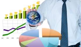 Geschäftsmannsicherung die Welt Lizenzfreie Stockfotografie