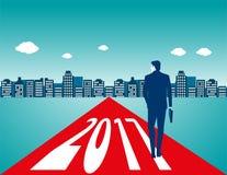 Geschäftsmanntragetasche und Gehen auf die Straße mit Zahlen Stockfotos