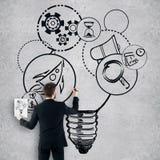 Geschäftsmannzeichnungs-Startskizze lizenzfreie stockbilder