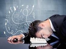 Geschäftsperson mit frustrierten Gedanken Lizenzfreies Stockfoto