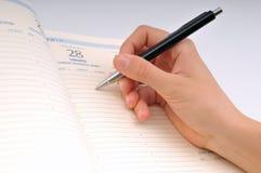 Geschäftsschreiben in einer Sitzung stockbild