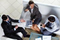 Geschäftsteam bei der Sitzung Stockfoto