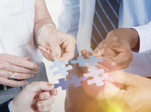 Geschäftsverbindung Unternehmens-Team Jigsaw Puzzle Concept Lizenzfreie Stockfotos